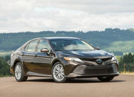 2019 Toyota Camry Launched In India